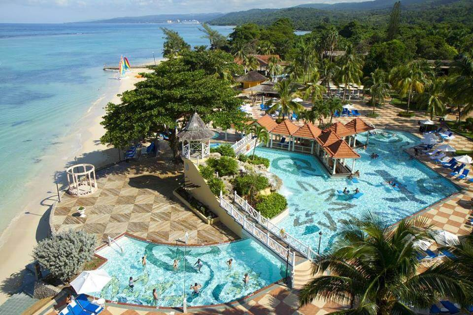 Jewel Dunn's River Beach Resort