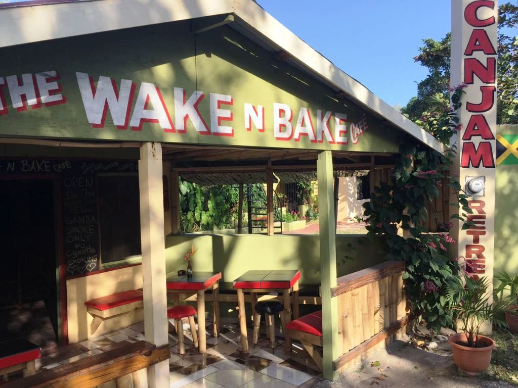 The Wake N Bake Café - Canjam Retreat
